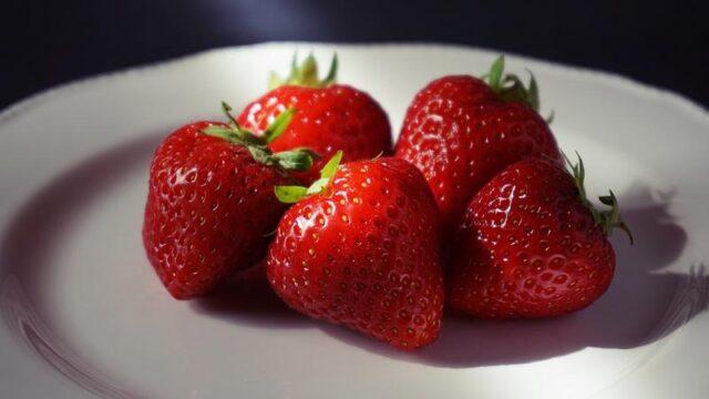 comer fresas saludable dieta